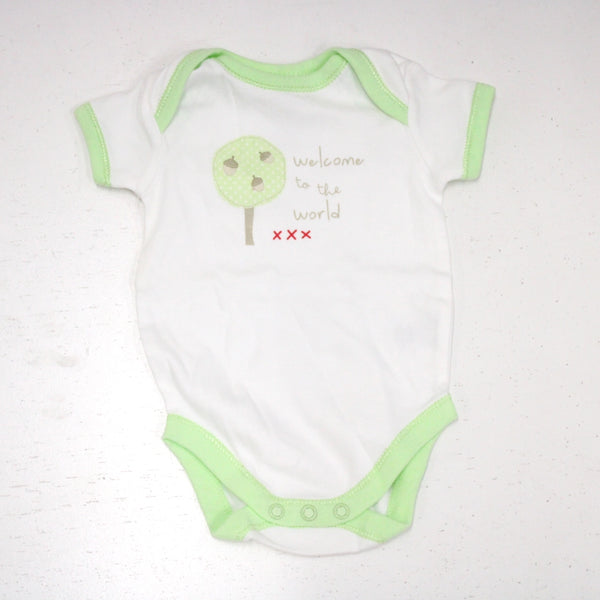 SET Of Children's Clothes UNISEX 0-3 mths Greens Inc: Bib, Bodysuit, Singlet#974