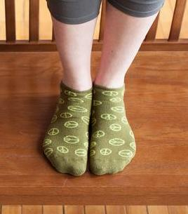 Organic Cotton Cush Footie Socks, Peace