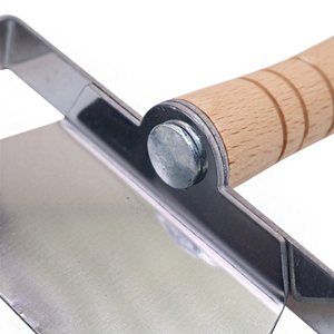 Ultra-wide professional uncapping fork