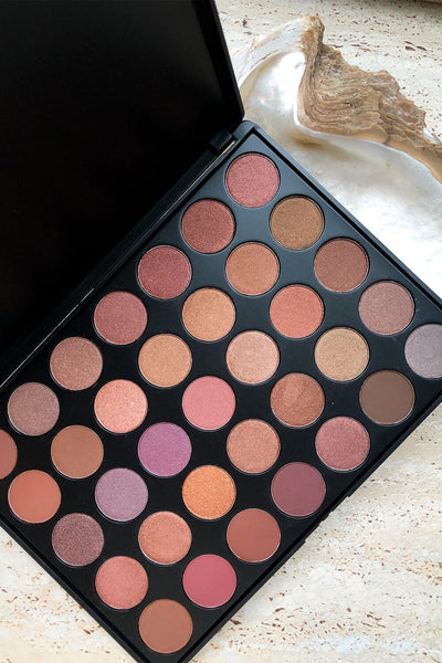 Crush Cosmetics - Taupe Eyeshadow Palette