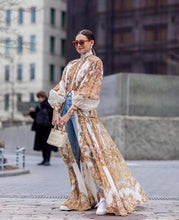 Load image into Gallery viewer, Luxurious Vintage Outfit! - Fashionsarah
