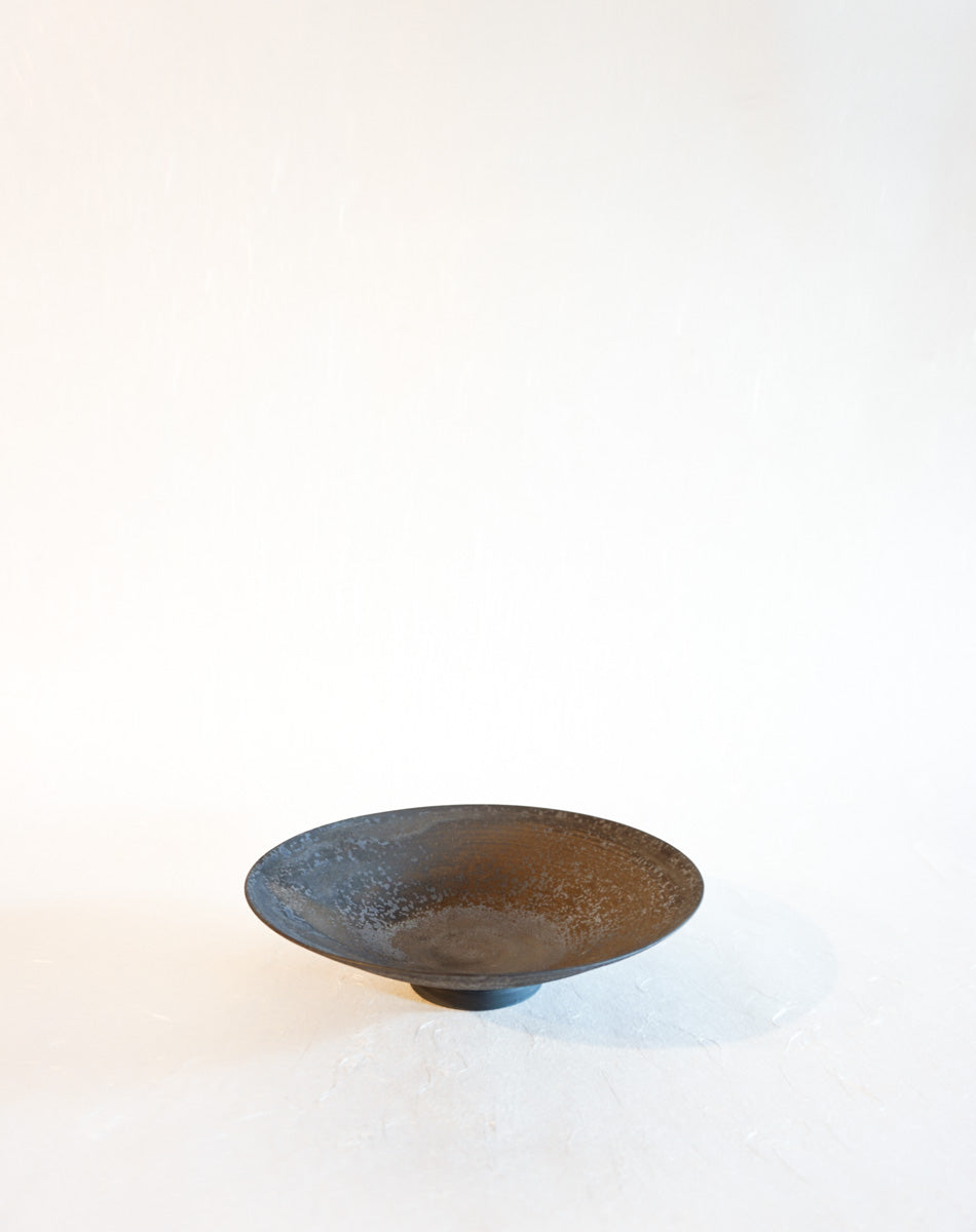 Low Bowl Plate in Umber Metallic
