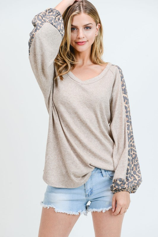 Berkley Sand V Neck Raglan Top | URBAN ECHO SHOP