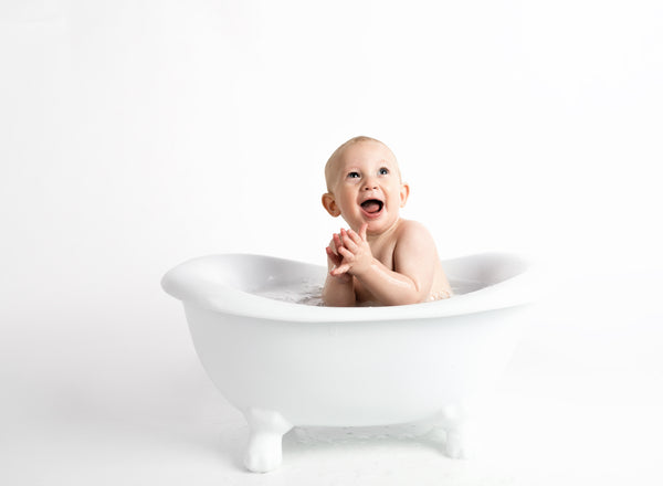 Should babies have less baths in winter?