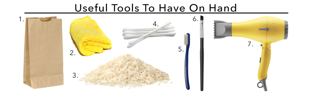 Tools to Clean Silk Flowers