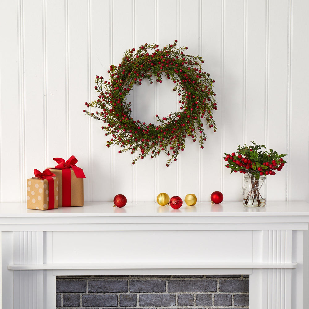 "20"" Boxwood and Berries Artificial Wreath"