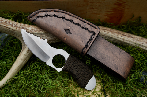 Serrated Hunting Knife (BBKB-MH-Hunt-012)