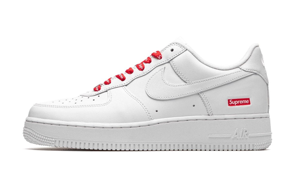 Nike Air Force 1 Low White Supreme