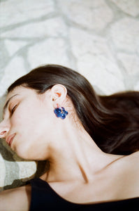 Slightly bigger Fleur earrings - Navy blue