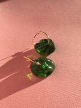 Load image into Gallery viewer, Slightly bigger Fleur earrings - Green
