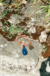 Collier Gota cordon - Bleu / orange