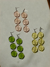 Load image into Gallery viewer, Agnès earrings - Yellow