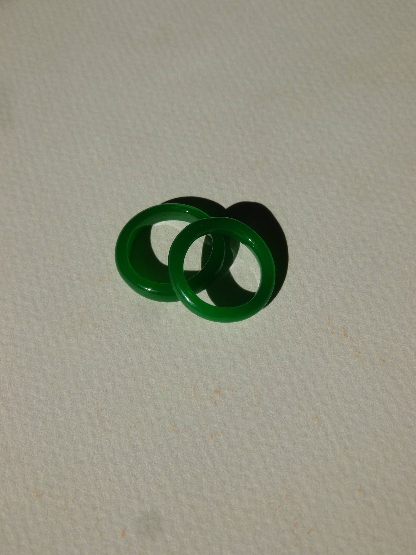 Vintage glass ring - Deep green