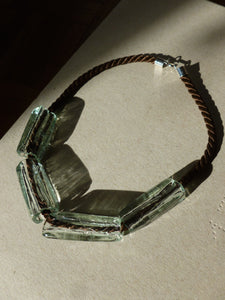 Gelat necklace  / Clear and brown
