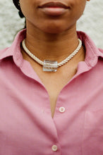 Load image into Gallery viewer, New Gelat necklace  / Clear and cream