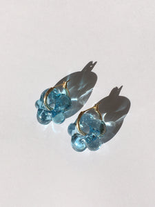 Smaller Fleur earrings - Pale blue