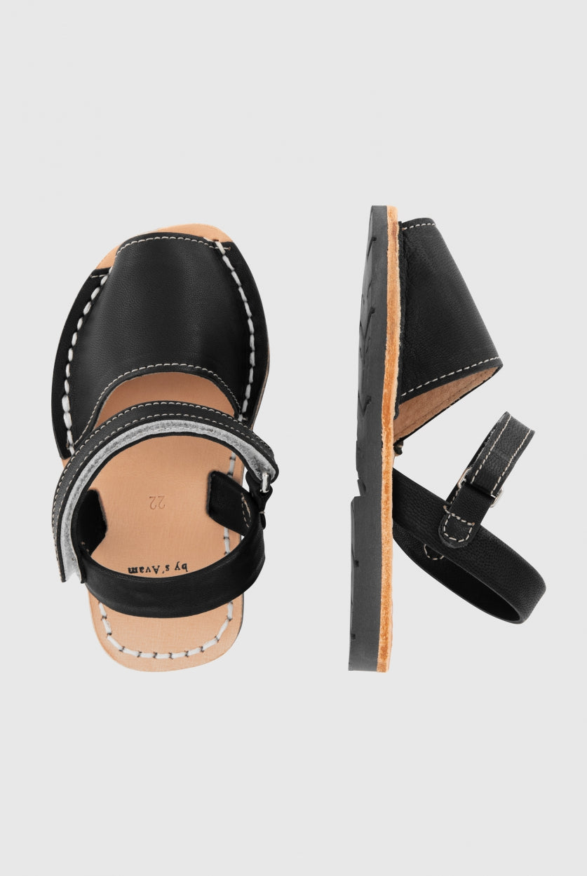 products/Gray-Label_S_Avam-sandals-velcro_nearly-black_top.jpg