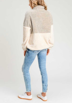 Two Toned Fuzzy Sherpa Fleece Pullover in 2019 | Fashion