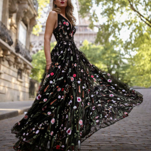 Exquisite Embroidery Floral Black Mesh Overlay V Cut Black Lace Dress