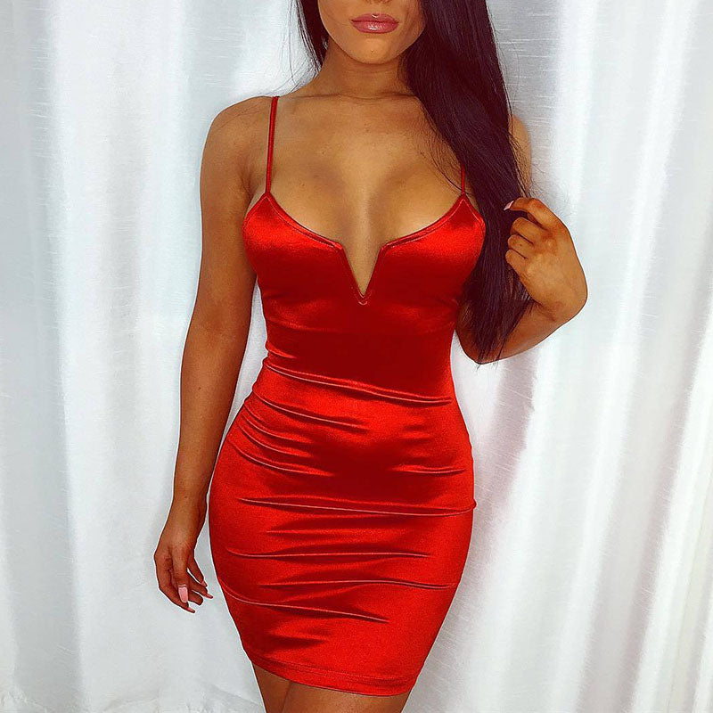 V Wired Low V Cut Bodycon Homecoming Dresses