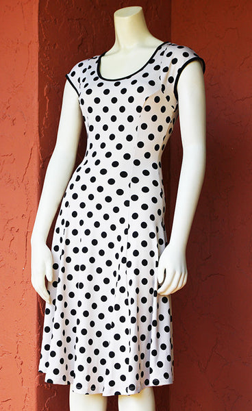 Keyhole Coach Dress: White with Black Polka Dots