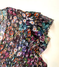 Load image into Gallery viewer, Saylor Mary Helen Floral Short Sleeve Blouse
