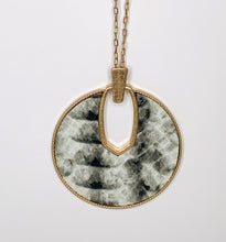 Load image into Gallery viewer, Leather medallion pendant necklace