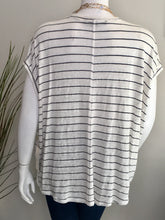 Load image into Gallery viewer, Fifteen Twenty Raw Hem V-neck Top