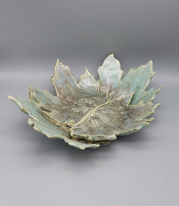Leaf bowl 2 variations in color and size