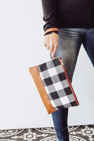 Buffalo Plaid Wristlet (Deal 1)