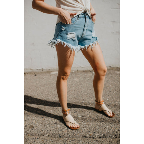 Daisy Light Shorts