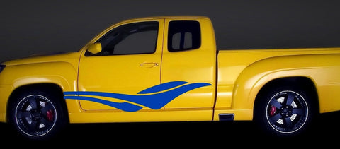 stripes on yellow truck 0373