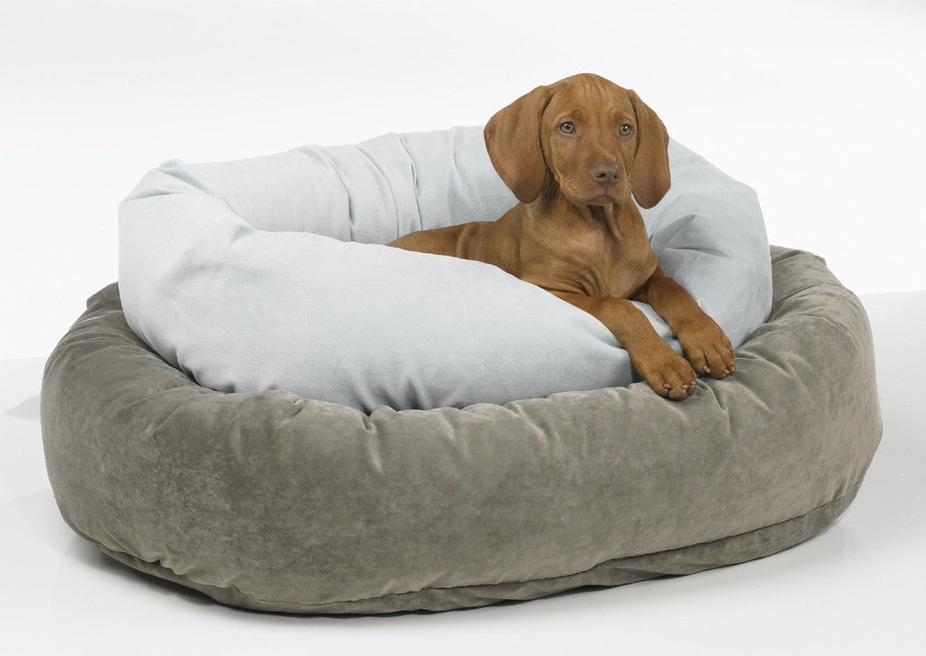 Picture of: Bowsers Donut Deep Dish Solids Microvelvet Donut Dog Beds By Bowsers Big Wags