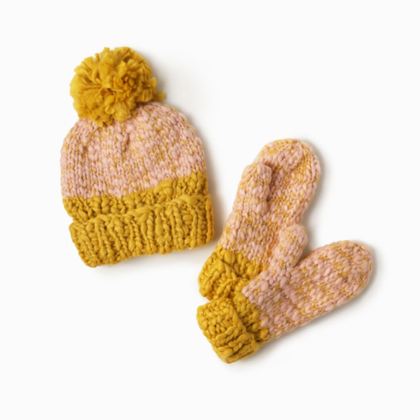 Two Tone Mango Yarn Mittens Blush