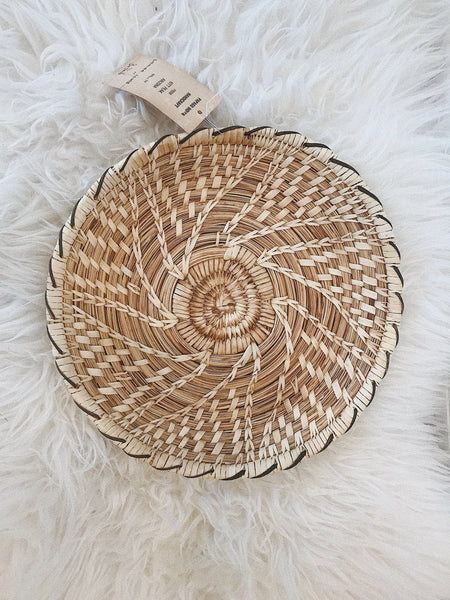 Authentic Yucca & Devil's Claw Tohono O'Dahm Basket
