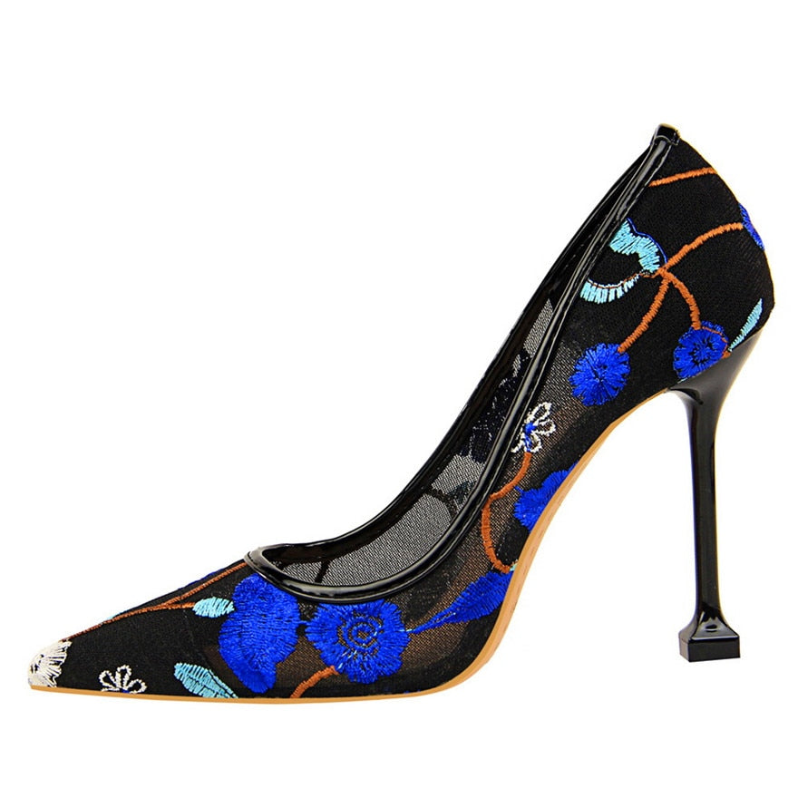 Blue floral embroidered high heels pumps