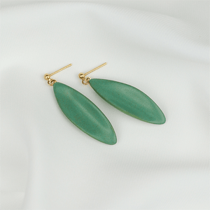 Dangle and drop earrings. The perfect gift idea for Valentine's Day.