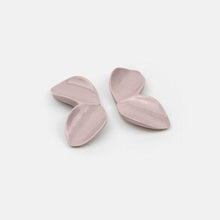 Load image into Gallery viewer, Soft Lavender earrings handmade in Portugal by Sömmer. The perfect gift for her.