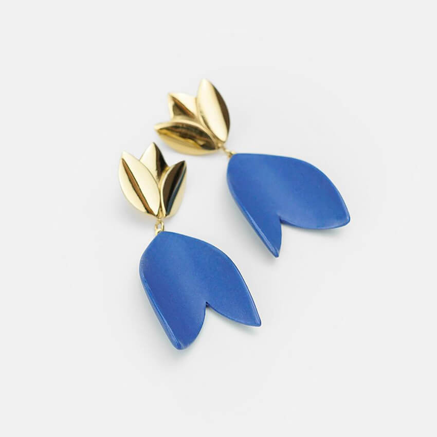 Dangle earrings with exclusive design. Strong blue porcelain earrings. Ideal for summer.