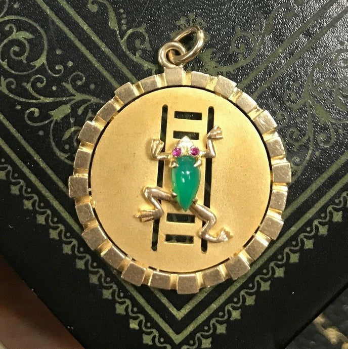 Large Vintage 9K Gold and Chrysoprase Frog Charm Pendant Medallion - alpha-omega-jewelry