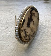 Load image into Gallery viewer, Antique Dendritic Moss Agate and Pearl 14K Gold Brooch Pin - alpha-omega-jewelry