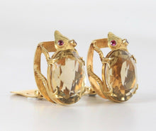 Load image into Gallery viewer, Large Vintage 18K Gold and Citrine Beetle Bug Italian Clip Earrings - alpha-omega-jewelry