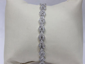 Art Deco Platinum and Diamond Geometric Arrow Shaped Bracelet - alpha-omega-jewelry