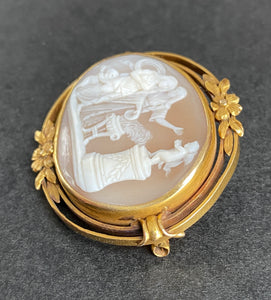 Victorian 18K Gold Putti Cherub Carved Shell Cameo Brooch, Pin