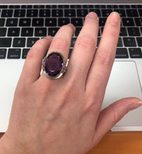 Load image into Gallery viewer, Large Art Deco 14K Gold Amethyst Rose Filigree Ring