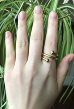 Load image into Gallery viewer, Vintage Tiffany & Co Paloma Picasso 18K Gold Heavy Coil Wrap Ring