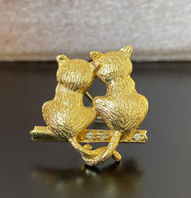 Load image into Gallery viewer, Vintage 18K Gold and Diamonds Pair of Cats Pin, Brooch