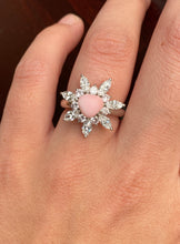 Load image into Gallery viewer, Vintage Natural Conch Pearl, Pink and White Diamond Platinum Cluster Ring