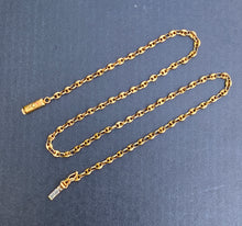 Load image into Gallery viewer, Vintage 14K Gold Mariner Gucci Link 15 Inch Necklace Chain