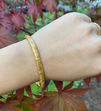 Load image into Gallery viewer, Riker Brothers Art Nouveau 14K Gold Foliate Engraved Bangle Bracelet